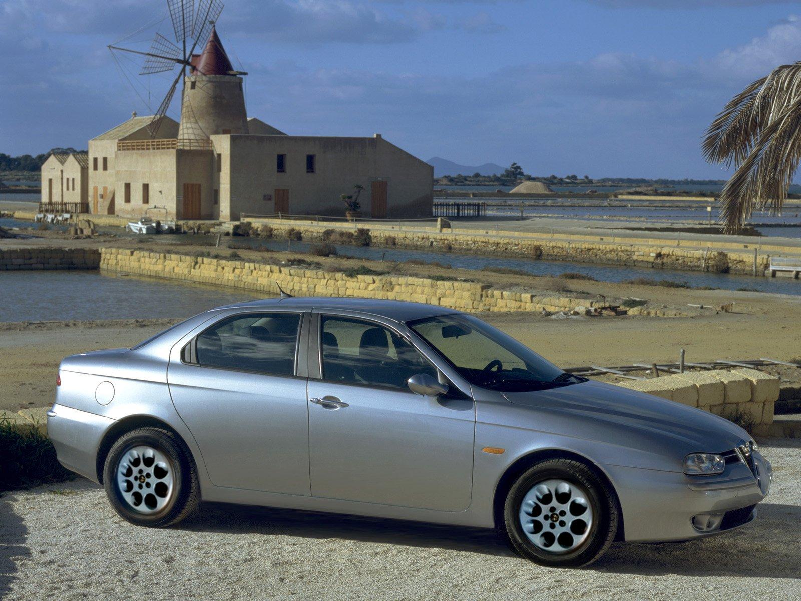 Alfa-Romeo-156-1998-Photo-04.jpg