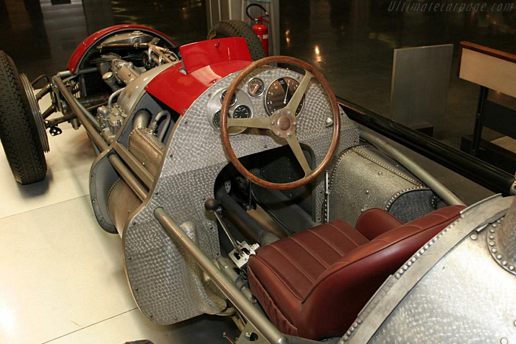 Alfa-Romeo-159--Alfetta--8316.jpg